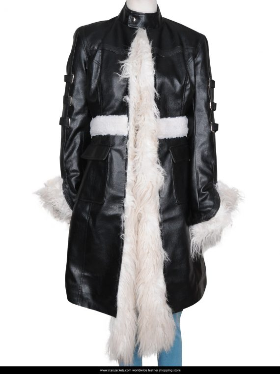 Selena-Gomez-Stylish-Fur-Coat