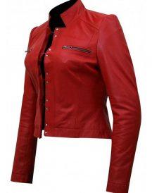 Wrestler Živilė Red Jacket